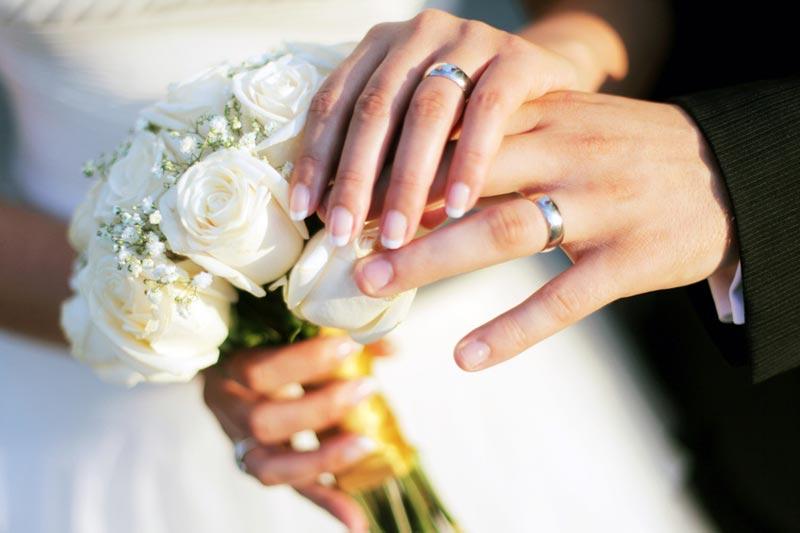 Couple-les-hommes-aussi-obsedes-que-les-femmes-par-le-mariage
